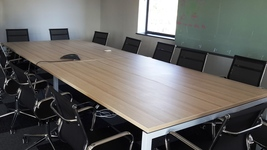 Boardroom table on Beam leg system